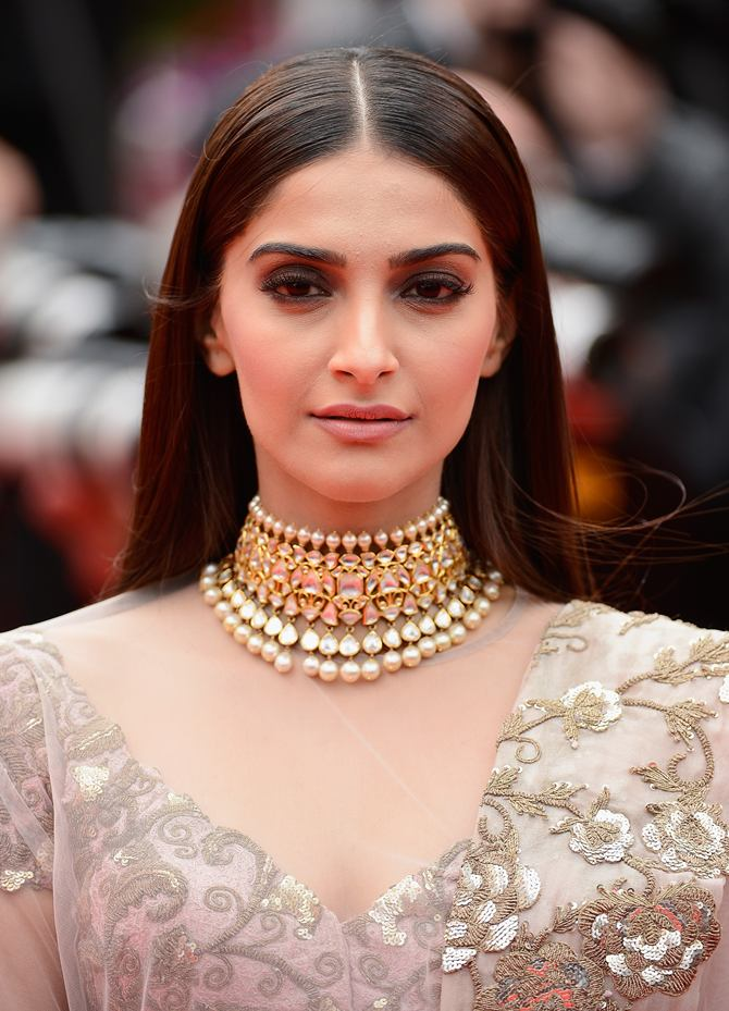 Cannes diaries: Sonam Kapoor WOWS in vintage fashion!