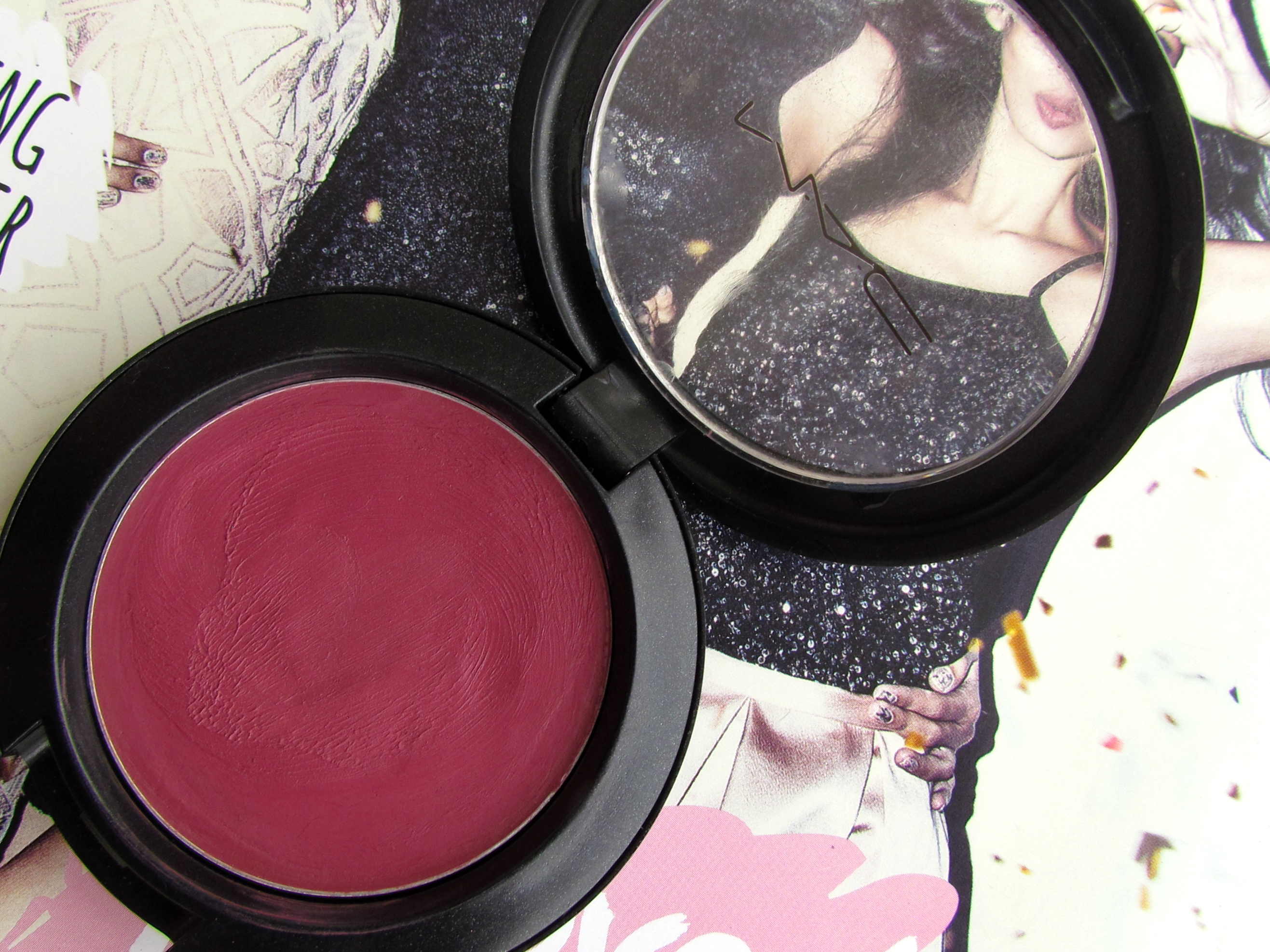 MAC Cremeblend Blush – Restores Dazzle!