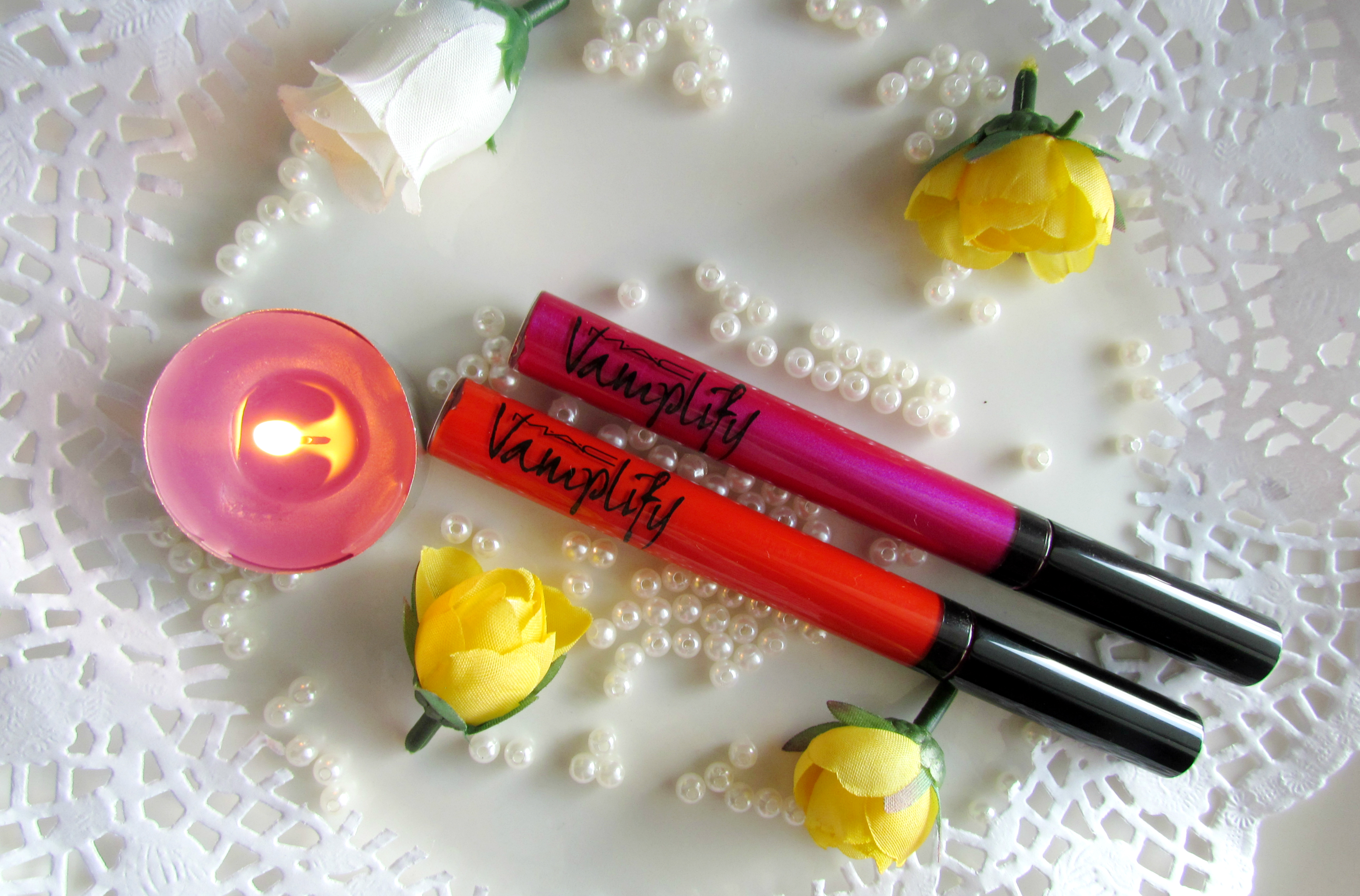 MAC Vamplify Lipgloss – What's going on? & Push some buttons | Review, Swatches & FOTDs