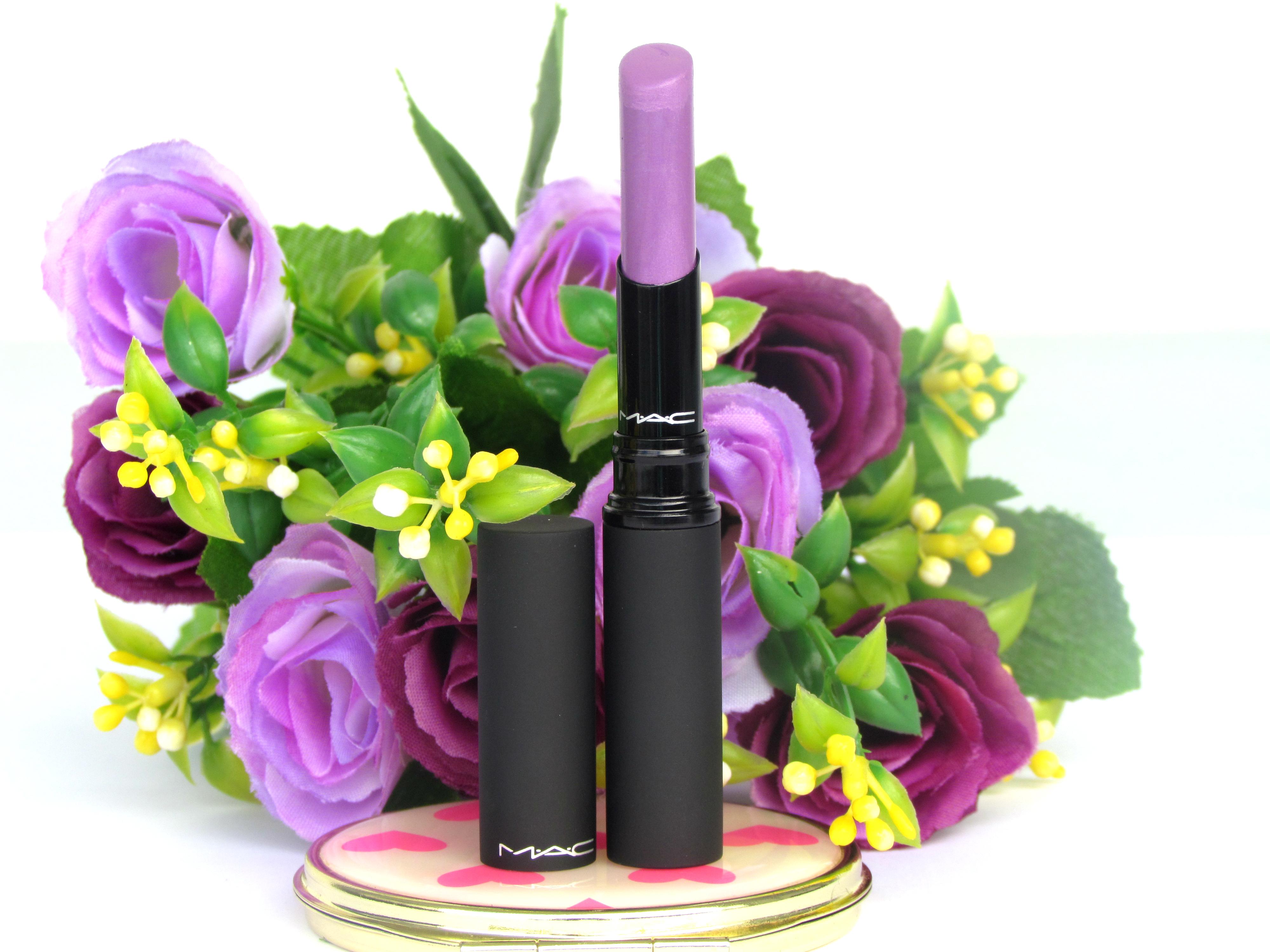 MAC MACnificent Me Collection Lipstick – Strutting Fabulous Mattene