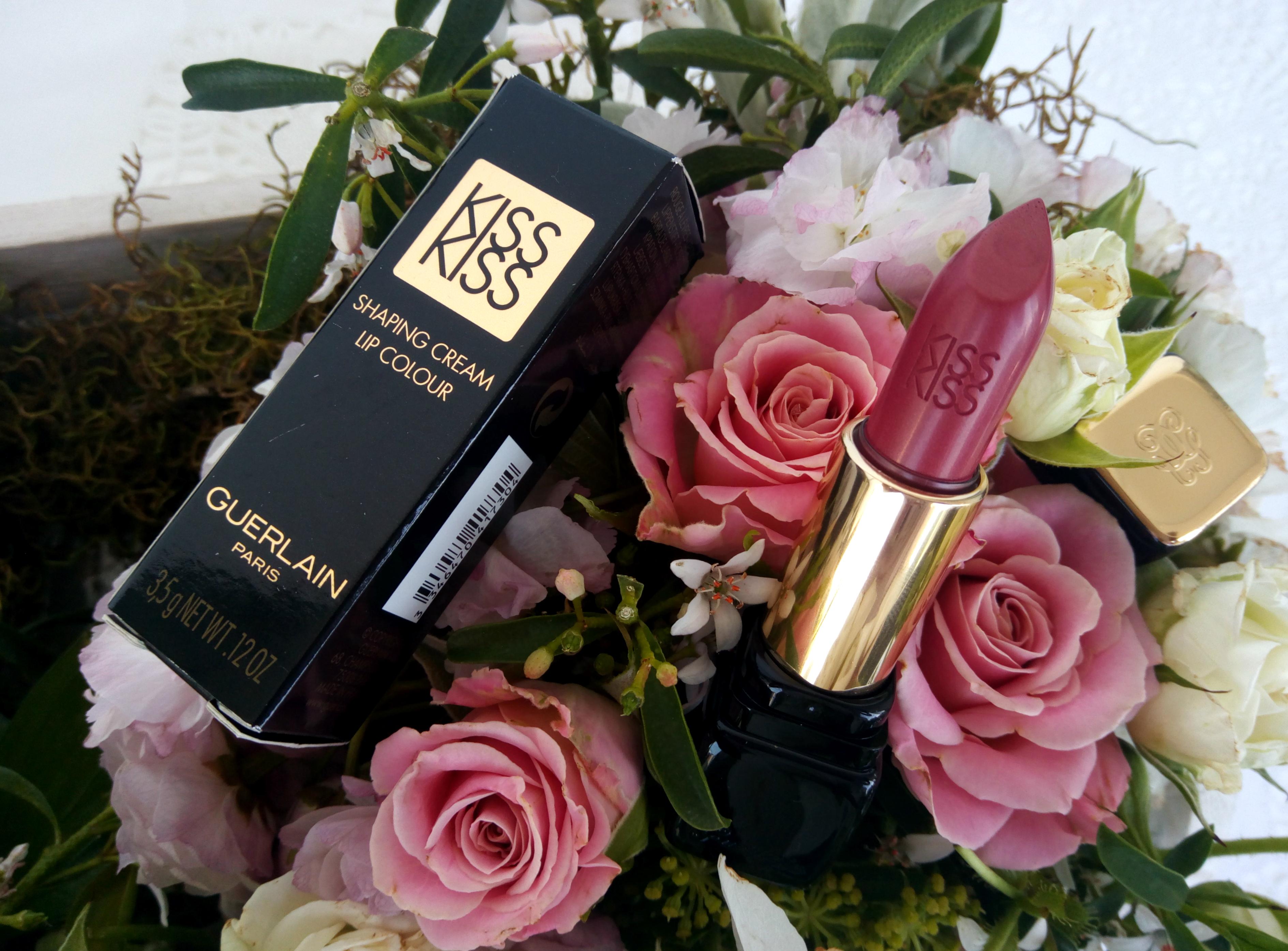 Guerlain Paris KissKiss Lipstick – 364, Pinky Groove | Review, Swatches & LOTD