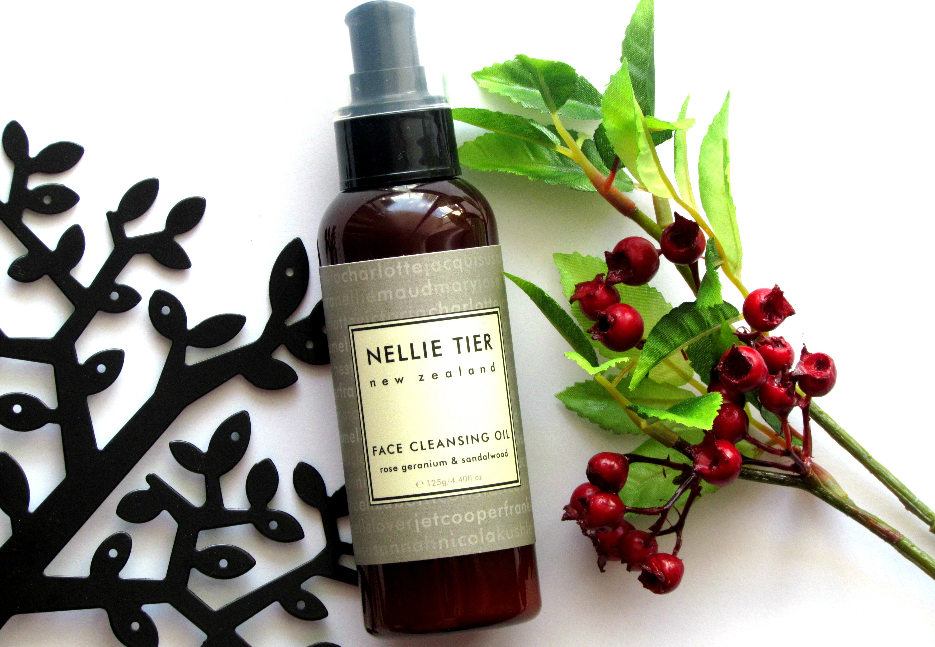 NELLIE TIER ROSE GERANIUM & SANDALWOOD FACE CLEANSING OIL