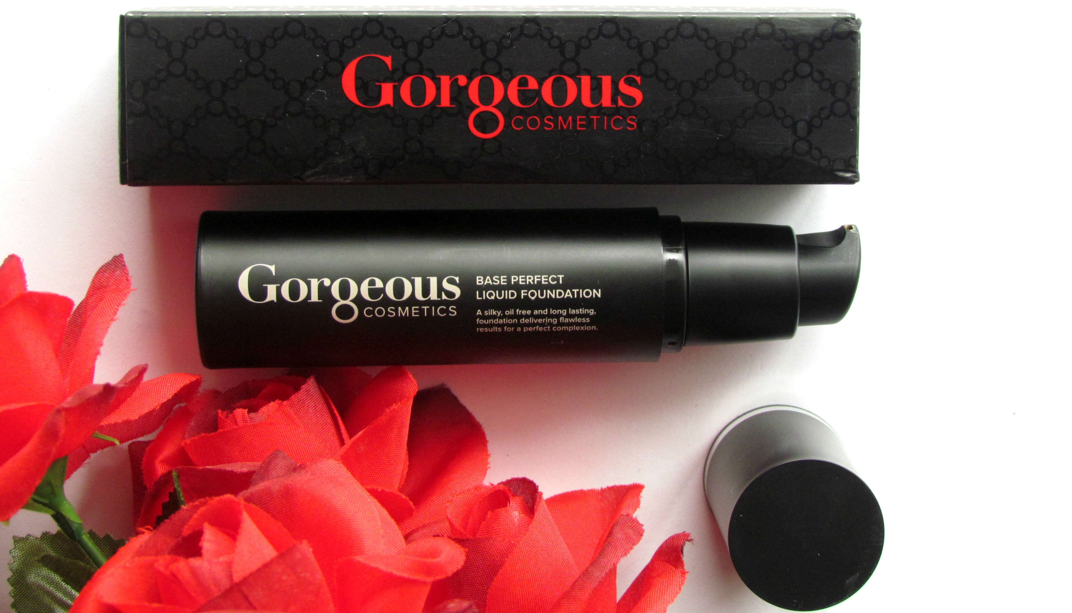 Gorgeous Cosmetics Base Perfect Liquid Foundation & Brush #037 | Review