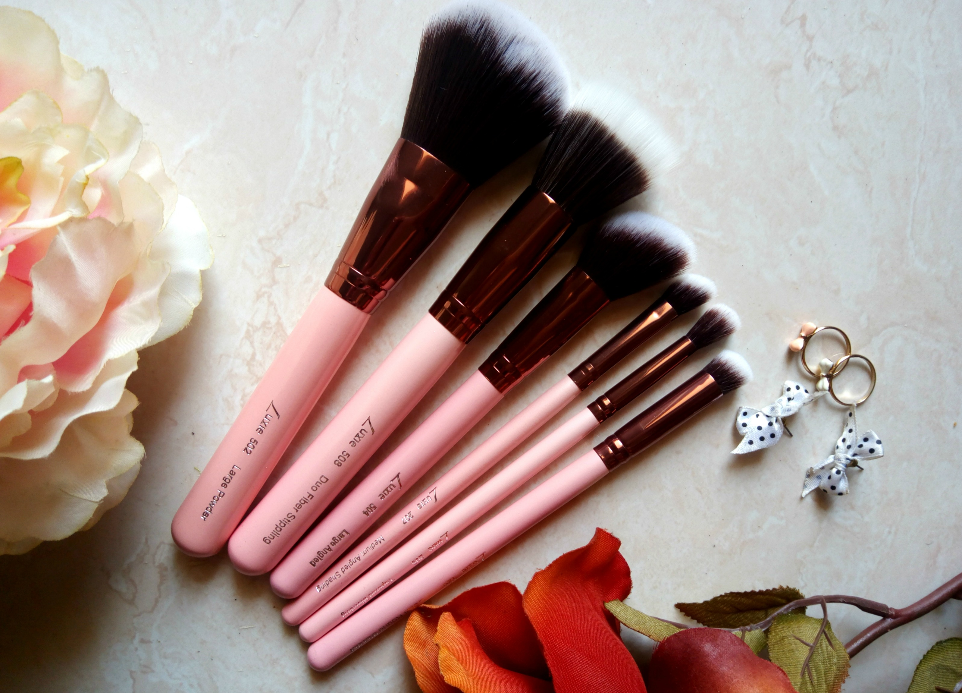 Luxie Beauty Rose Gold Synthetic Makeup Brushes | Review