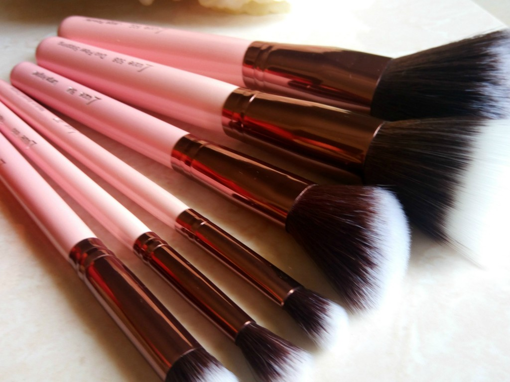 LuxieBeauty_MakeupBrushes_010