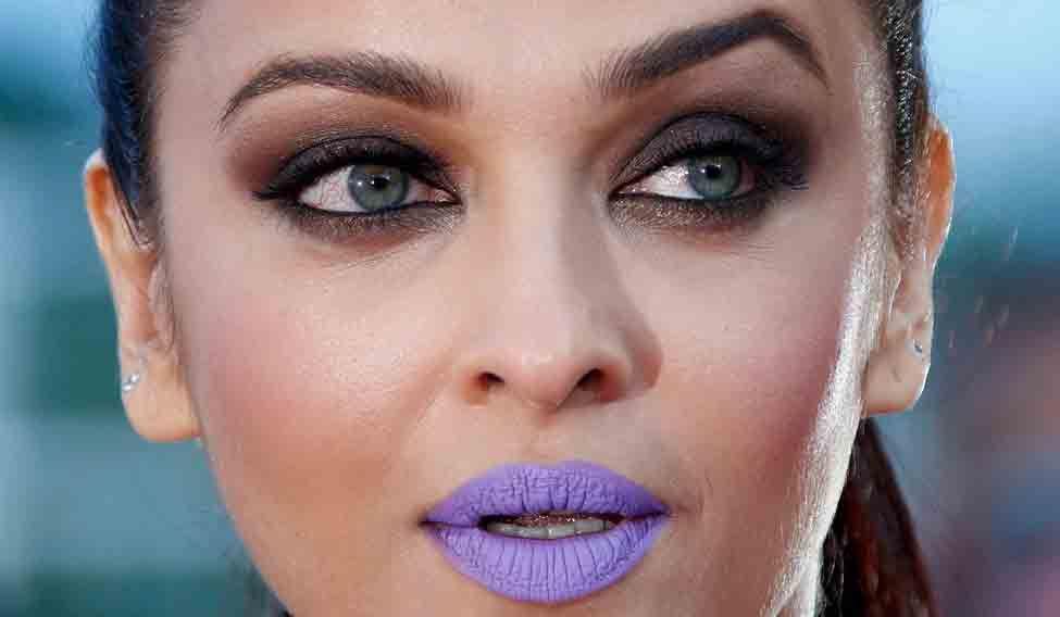 Aishwarya Rai bachan Purple Lip Color Cannes 2016