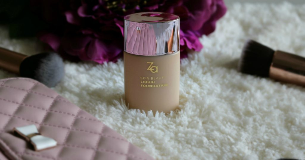 Za Skin Beauty Liquid Foundation in shade: 22