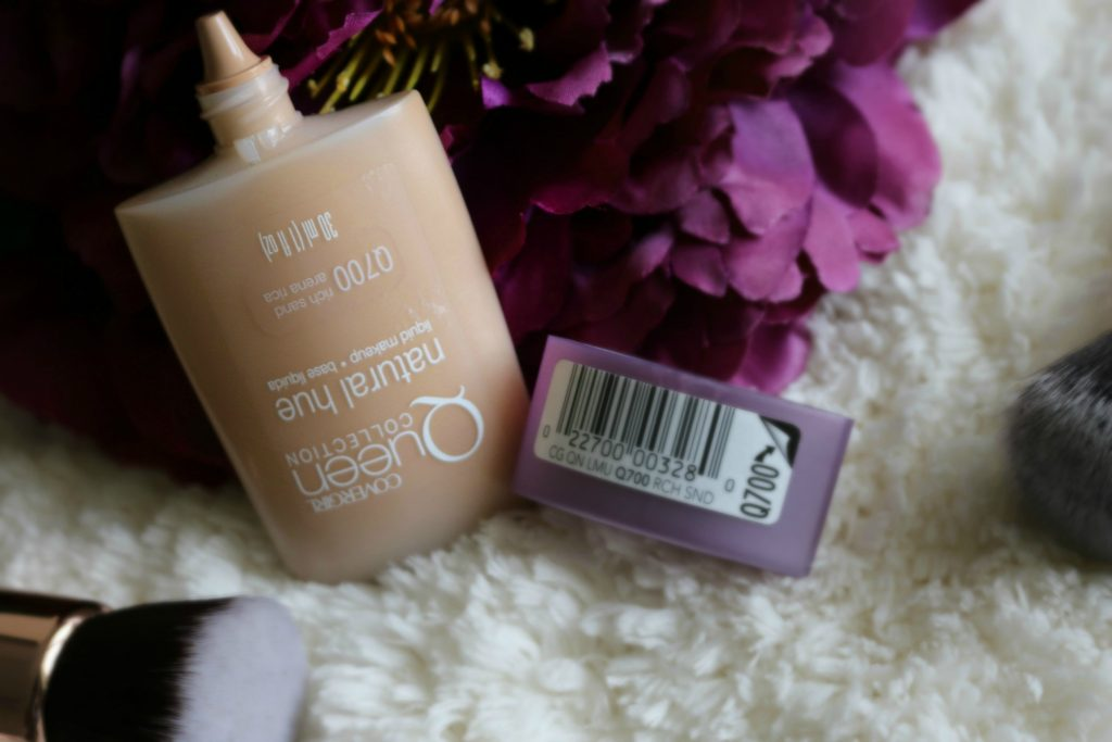 CoverGirl Queen Collection Natural Hue Compact Foundation review