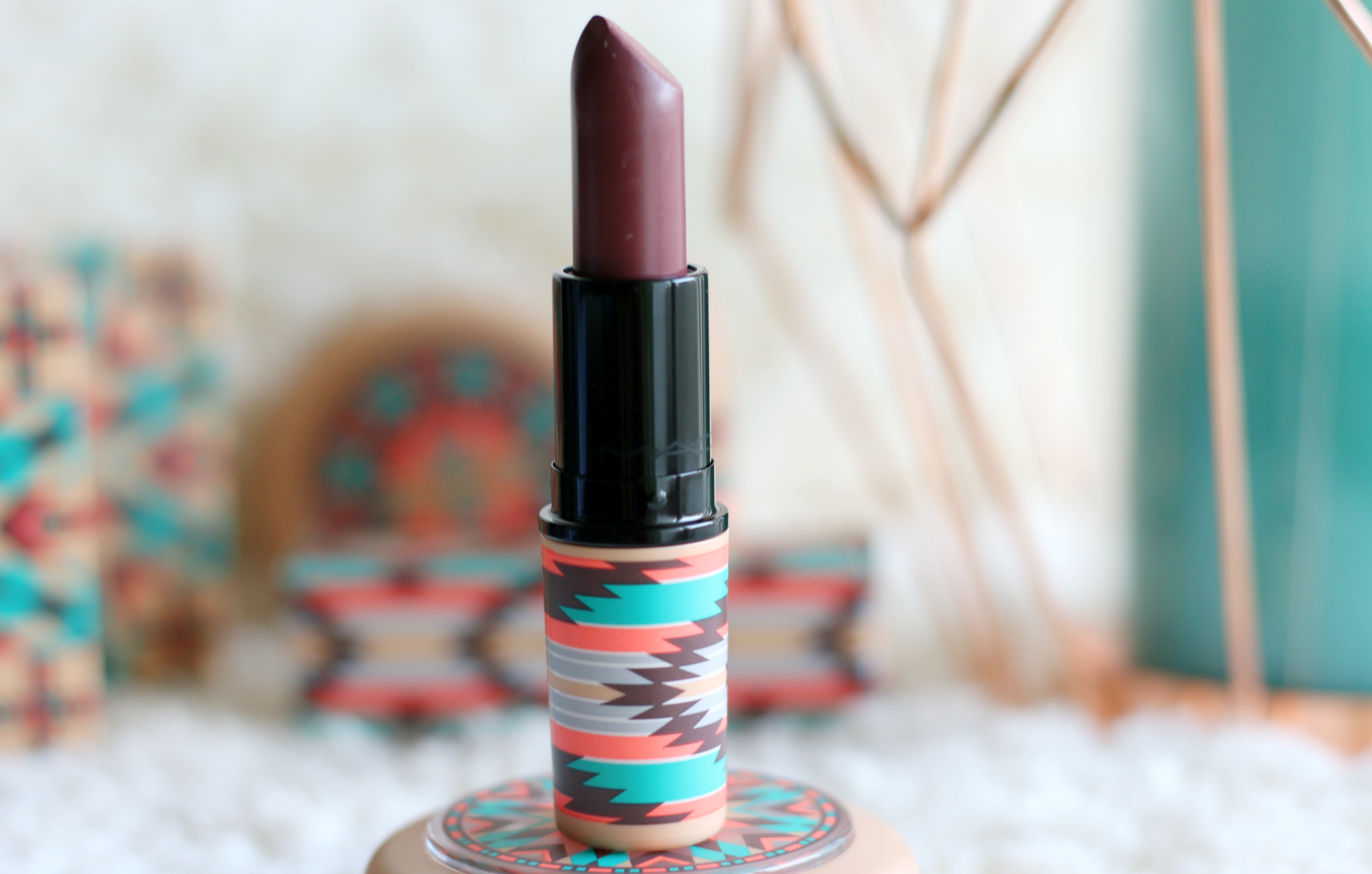 MAC Vibe Tribe Lipstick – Hot Chocolate