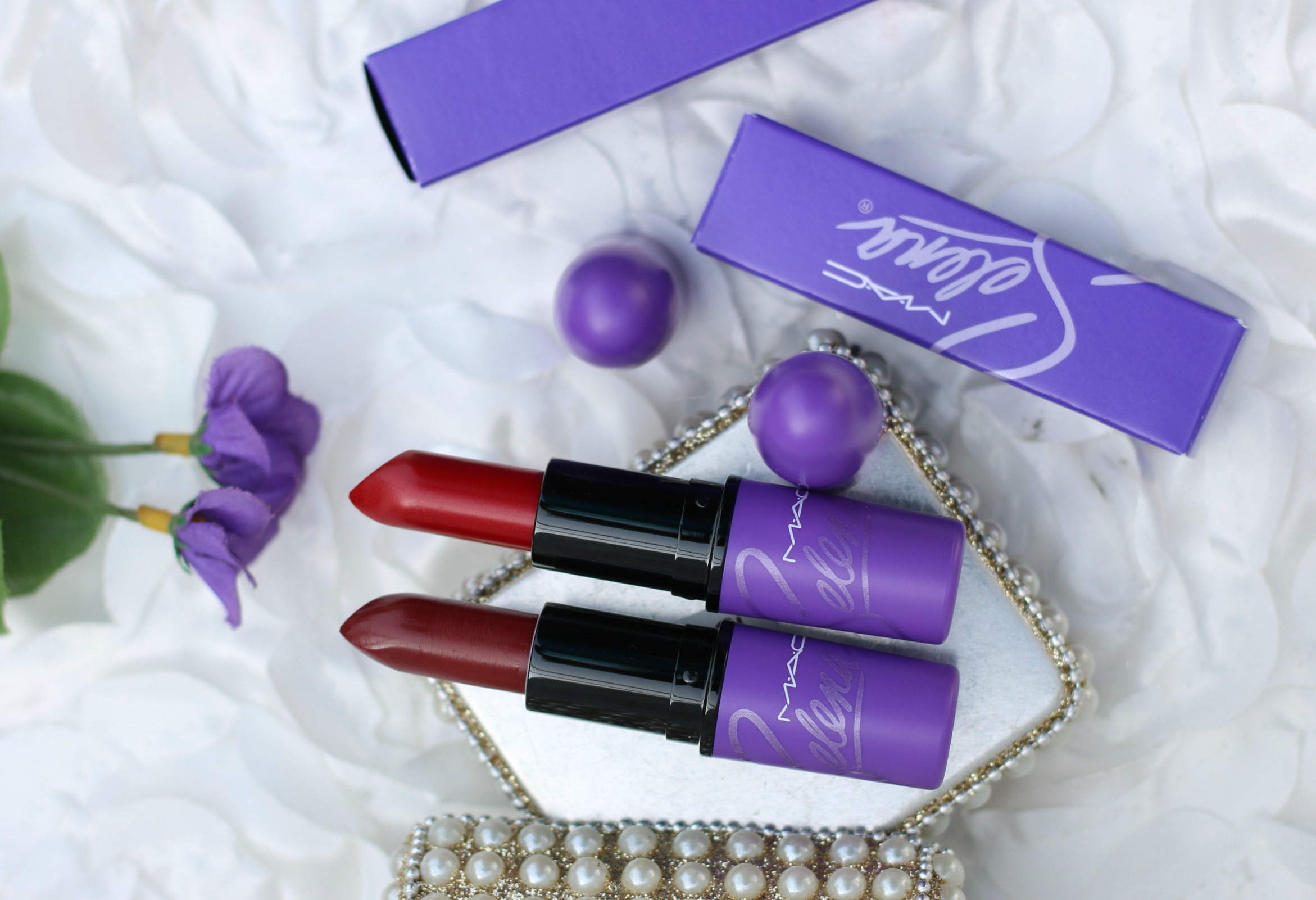 For Fall 2016, MAC launched this amazing color makeup collection inspired by Mexican-American singer Selena Quintanilla. MAC x Selena collection is a new ...
