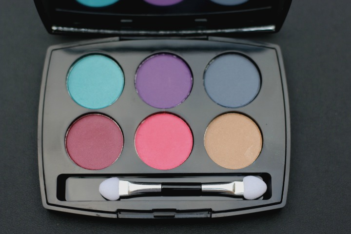 Lakmé Royal Persia Absolute Illuminating Eyeshadow Palette review and swatches