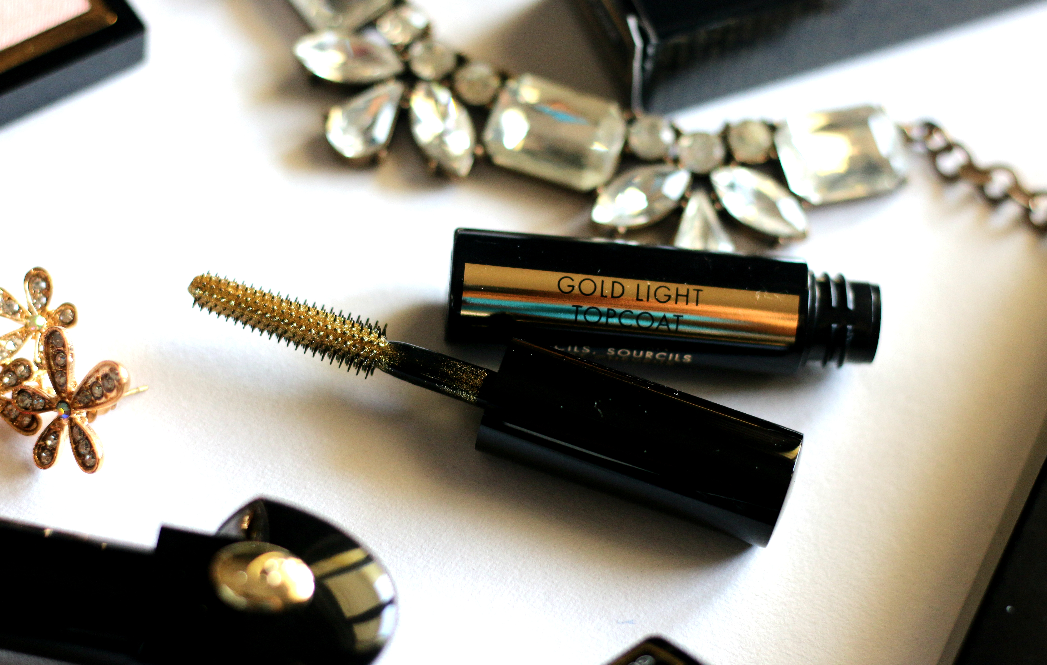 Guerlain Holiday 2017 – Gold Light Topcoat Lash, Brow & Hair Gold Mascara