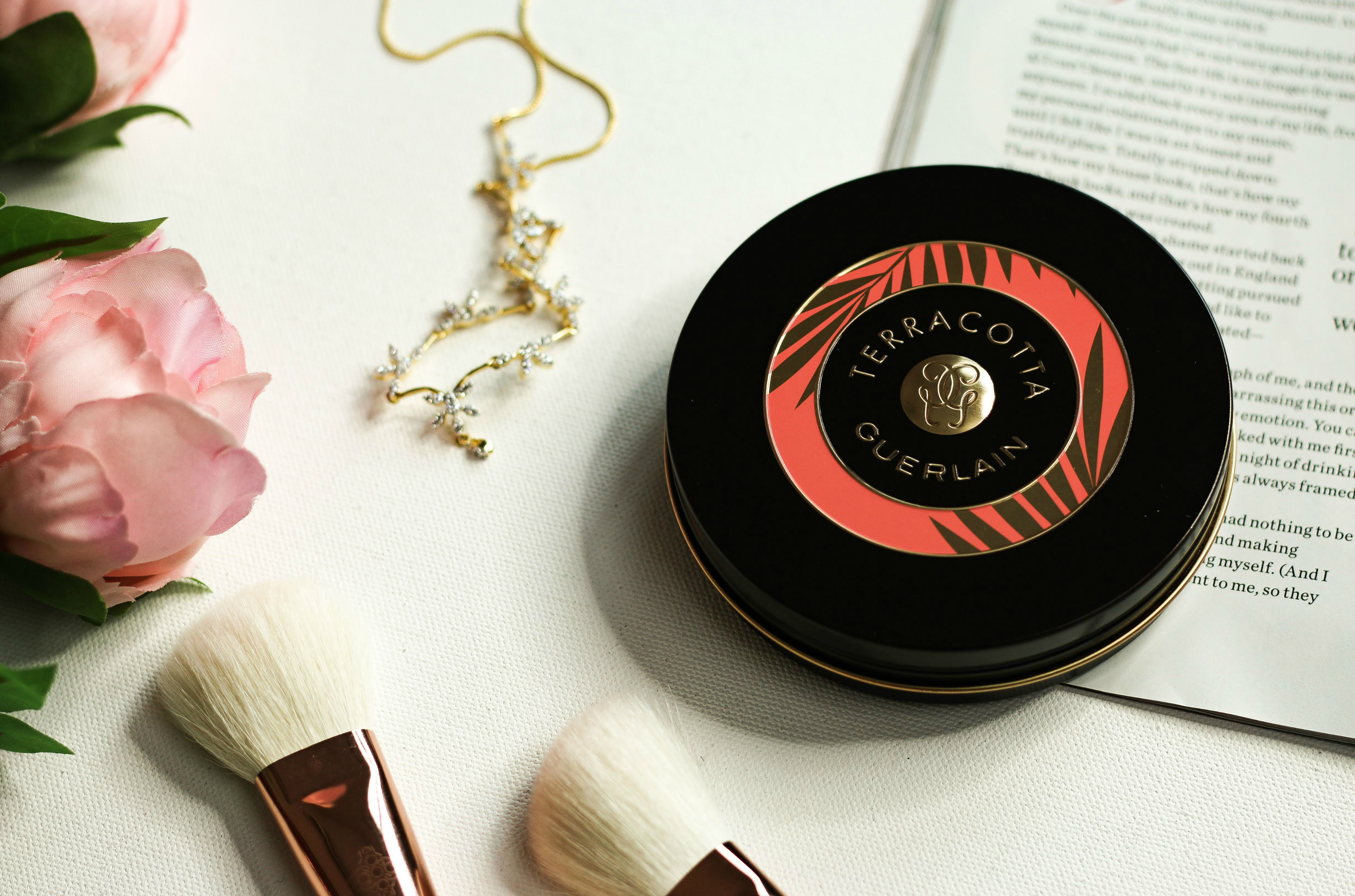 Guerlain Terracotta Sous Les Palmiers Bronzing and Blush Powder | Review & Swatches