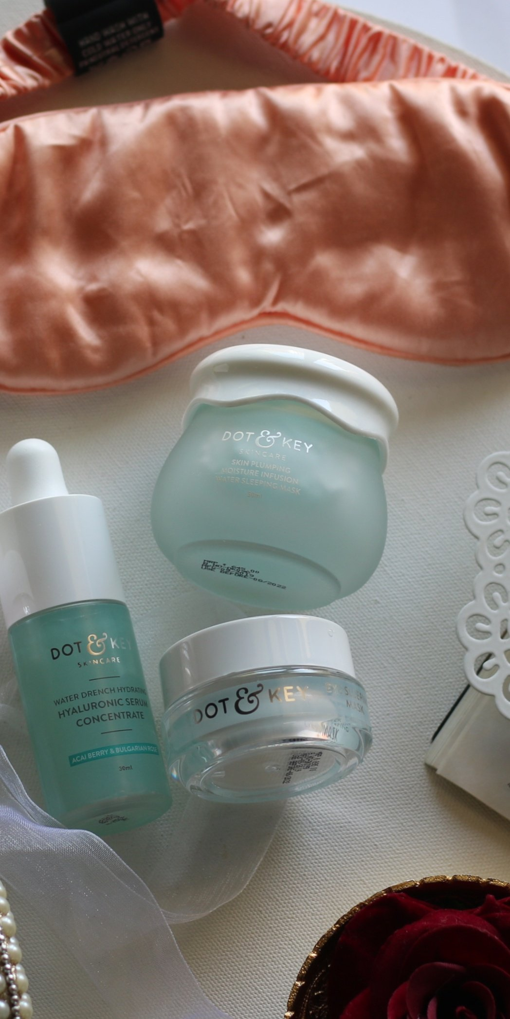 dot and key water drench hydrating hyaluronic serum concentrate review, dot and key skincare, dot & key anti ageing skincare, dot and key face serums, dot and key hyaluronic acid serum, when to start retinol in your skincare routine, choosing right anti-ageing products,dot and key skincare products, how to choose right products for skin, night skincare serum , best ctm routine products, ctm routine for acne prone skin, skincare for pores, skincare products for anti ageing, dot and key eye cream review, dot and key eye sleeping mask, dot and key sleeping mask, dot and key overnight mask, dot and key face mask, dot & key skin plumping moisture infusion water sleeping mask review,depuffing eye cream concentrate review,  eye cream, under eye cream, dark circles, puffy eyes, antioxidant rich eye cream, depuffing eye cream, illuminating eye cream, eye cream for dark circles, eye cream for puffy eyes, plump under eye, hydrated under eye,  overnight eye mask, eye puffiness mask, dark circles removal mask, eye bags, gel texture eye mask, cooling eye mask, line minimizing eye mask, dot and key shadow minimizing eye sleeping mask review, cooling mask, hyaluronic mask, hydration face mask, best overnight sleeping mask,  serum for glowing skin, facial serum, glow serum, dry skin serum